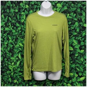 Patagonia men's green long sleeve top